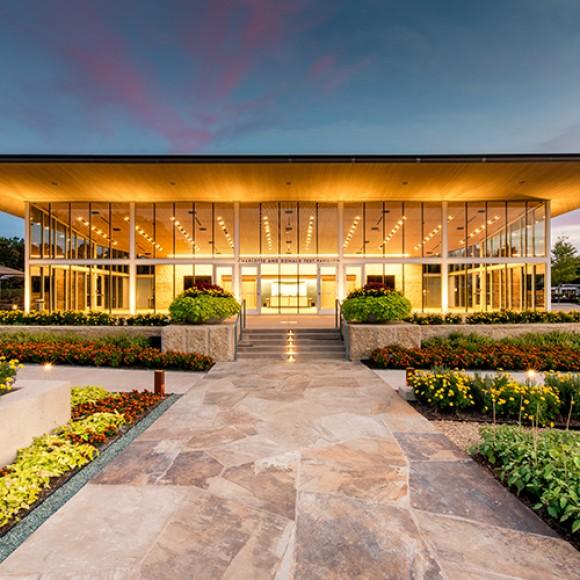 A Tasteful Place at the Dallas Arboretum - Dallas, TX SWA