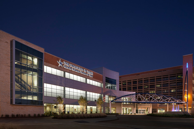 UT Health Northeast Main Campus in Tyler, Texas © Aker Imaging, Houston. Architecture by WHR Architects.