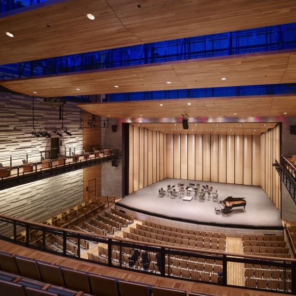 Dallas City Performance Hall SOM / Corgan (photo: Hedrich Blessing)
