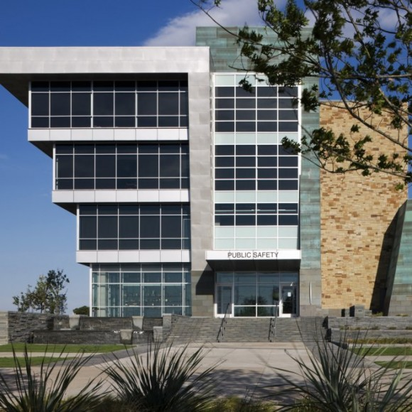 Grand Prairie Public Safety | The Grand Prairie Public Safety Facility combines Fire Administration, Police Services, & Detention all in a single  149,000 SF state-of-the-art building.