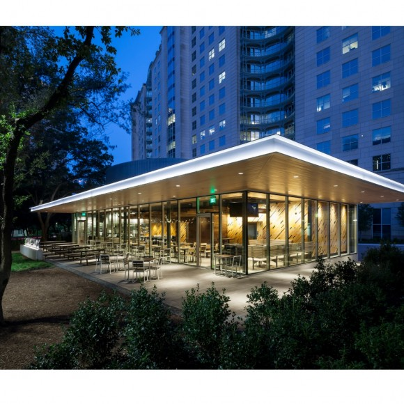 Shake Shack in Uptown Dallas at the Crescent Photo courtesy of the Beck Group