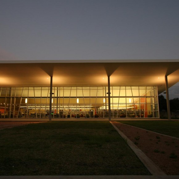 Bachman Lake Library, City of Dallas in collaboration with Leo A Daly