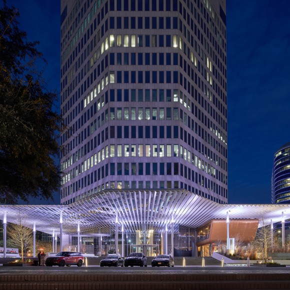 The renovation of 400 Record, formerly known as the Belo Building, elevates the building's identity and amenities not only for employees, but future tenants and the surrounding community. The redesign of this 17-story, 235,000 square-foot office tower includes removing existing walls to create a better flow between indoor and outdoor spaces. The two-level lobby is enclosed with frameless glass and a custom-designed metal canopy that creates a dramatic new front door. Dror Baldinger