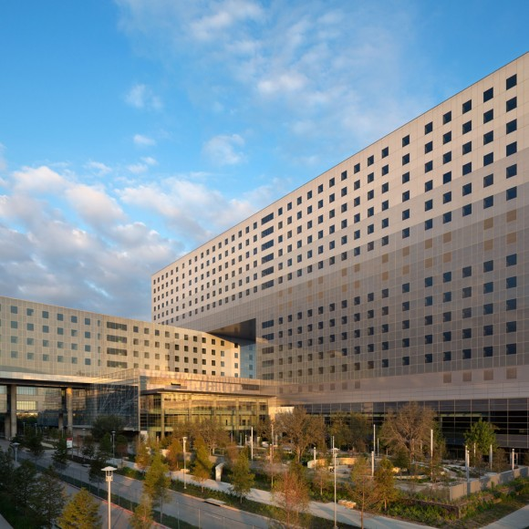 New Parkland Hospital Architect: HDR + Corgan © 2014 Assassi Productions