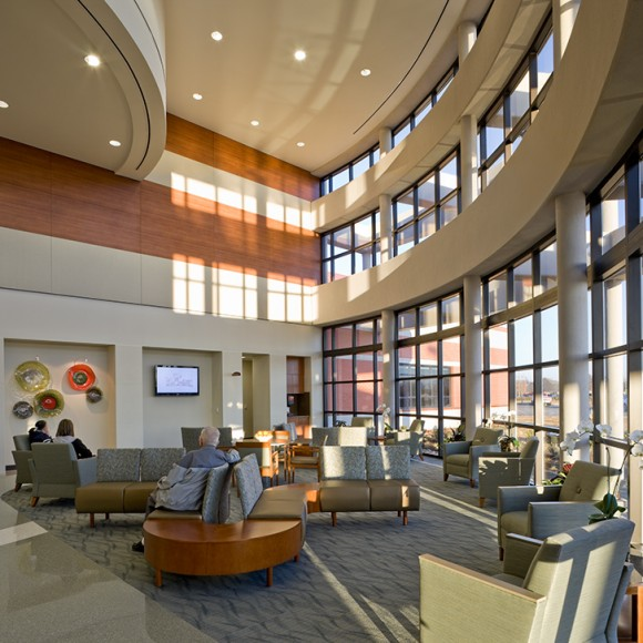 Comanche County Memorial Hospital, Leah M. Fitch Cancer Center of Southwest Oklahoma in Lawton, Oklahoma © Aker Imaging, Houston. Architecture by WHR Architects.